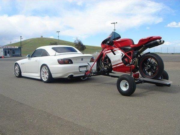 vyzov-motociklov-v-murmanske